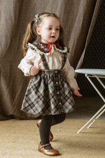<img class='new_mark_img1' src='https://img.shop-pro.jp/img/new/icons14.gif' style='border:none;display:inline;margin:0px;padding:0px;width:auto;' />HAPPYOLOGY「Rossendale Dungaree Skirt (Black Plaid)」2021-AW
