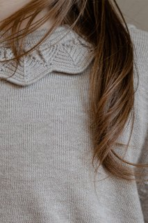 <img class='new_mark_img1' src='https://img.shop-pro.jp/img/new/icons14.gif' style='border:none;display:inline;margin:0px;padding:0px;width:auto;' />minimom「Scilla Knit Sweater (Beige)」2021-AW