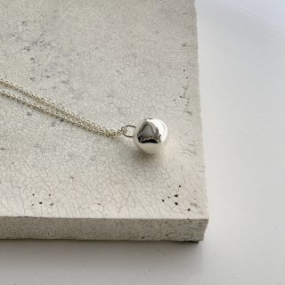 wonky ball necklace † silver