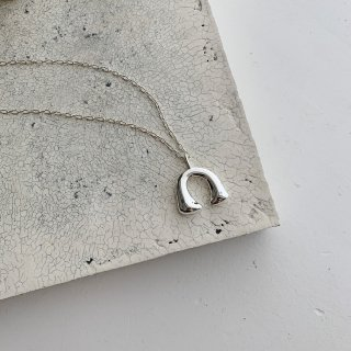 <img class='new_mark_img1' src='https://img.shop-pro.jp/img/new/icons32.gif' style='border:none;display:inline;margin:0px;padding:0px;width:auto;' />mini bonheur necklace † silver