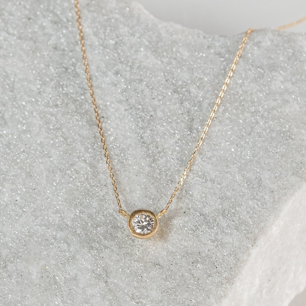 K18YG teacup diamond † necklace