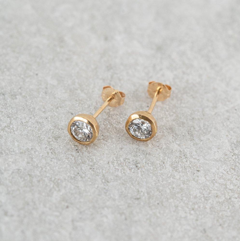 N°31   teacup diamond † pierce