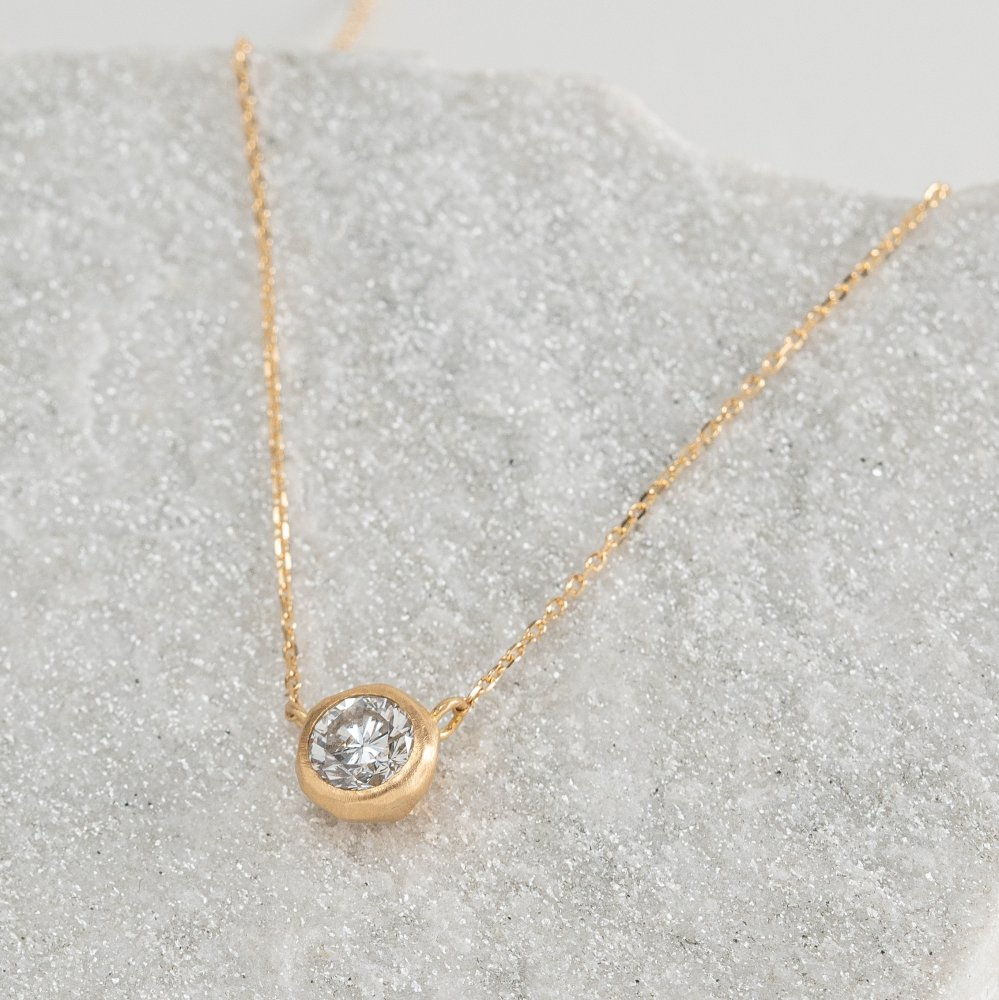 N°27  K18YG luxe diamond necklace 0.7ct