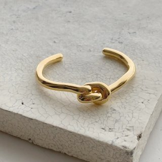 knot bangle † gold