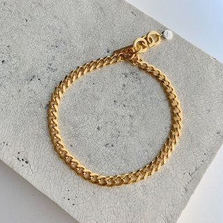 <img class='new_mark_img1' src='https://img.shop-pro.jp/img/new/icons8.gif' style='border:none;display:inline;margin:0px;padding:0px;width:auto;' />the chain choker † gold
