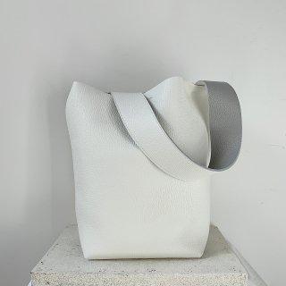 bucket † blanc 【3/23火21:00予約販売開始 5月中旬頃お届】