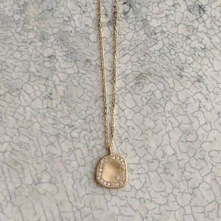 <img class='new_mark_img1' src='https://img.shop-pro.jp/img/new/icons8.gif' style='border:none;display:inline;margin:0px;padding:0px;width:auto;' />N°30 plate diamond necklace