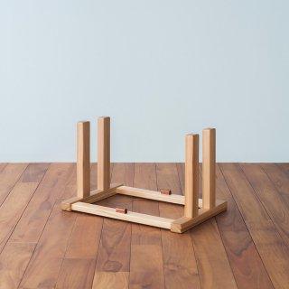 <img class='new_mark_img1' src='https://img.shop-pro.jp/img/new/icons5.gif' style='border:none;display:inline;margin:0px;padding:0px;width:auto;' />たためる椅子専用スタンド(標準モデル用)