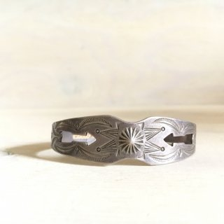 30's Coin Silver Cutout Arrow bangle