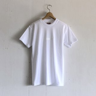 BAY GARAGE 1st aniversary <br>' CRUISE T '<br> White x White Printed