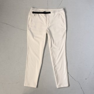 O- (オー)  <br>Narrow Easy Trousers<br>Off White