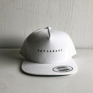 BAYGARAGE 5 Panel Cap<br>New Logo <br>White
