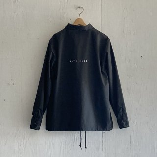 BAY GARAGE Coach JKT<br>Black x White Printed<br>New Logo