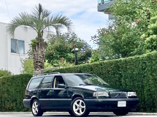 1996 Volvo 850 Estate GLE</br>1 owner / Leather Sunroof </br>63,000km