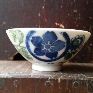 印判手御茶碗 桜紋と菊