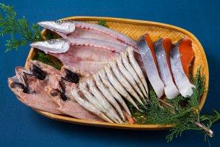 夕食にオススメの干物4種(かます、ノドグロ、ししゃも、紅鮭)セット
