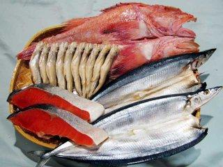 塩紅鮭と北の海の干物3種(キンキ、サンマ、ししゃも)