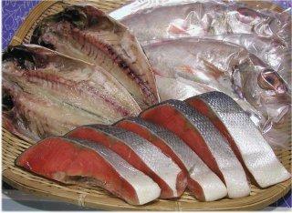 塩紅鮭と特選干物2種(あじ、のどぐろ)のセット