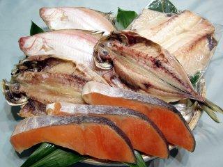 塩銀鮭,あじ開き,エテカレイ、ツボダイのセット