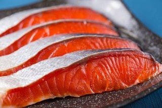 【北海道産】 本紅鮭切身1切れ