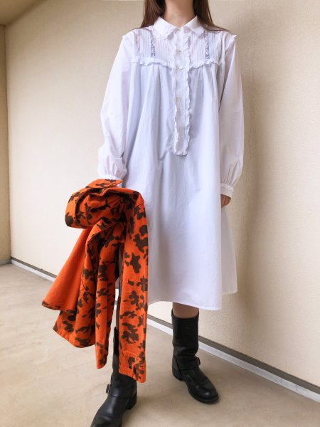 <img class='new_mark_img1' src='https://img.shop-pro.jp/img/new/icons1.gif' style='border:none;display:inline;margin:0px;padding:0px;width:auto;' />white cotton ruffle nightgown dress