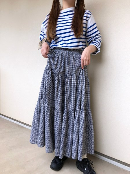 <img class='new_mark_img1' src='https://img.shop-pro.jp/img/new/icons1.gif' style='border:none;display:inline;margin:0px;padding:0px;width:auto;' />white black gingham check skirt