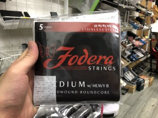 Fodera Strings 5st. Stenless Medium w/ Heavy B 45-130