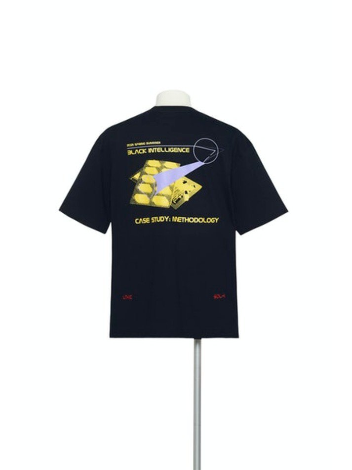 YUKI HASHIMOTO<br />METHOLOGY GRAPHIC T-SHIRTS / BLACK