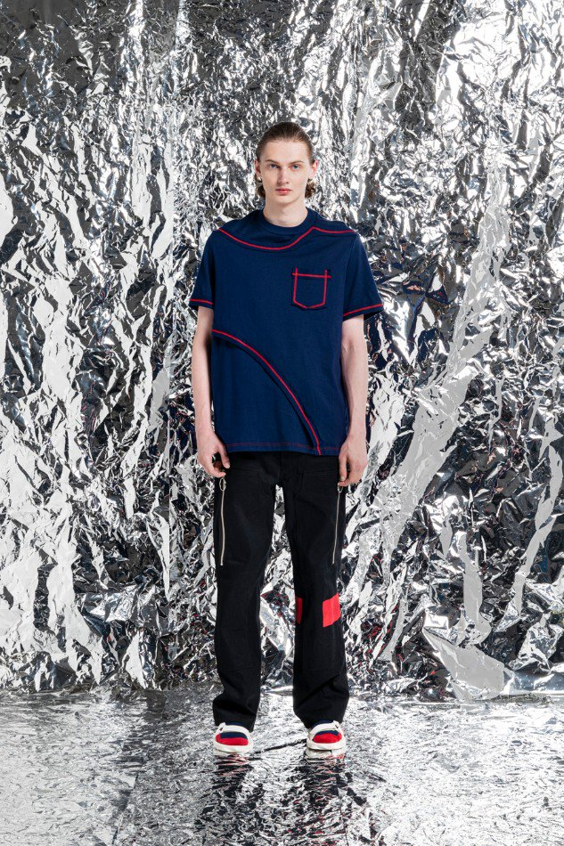 YUKI HASHIMOTO<br />[40%off] CONTRAST LAYERED T-SHIRTS / NAVY <img class='new_mark_img2' src='https://img.shop-pro.jp/img/new/icons20.gif' style='border:none;display:inline;margin:0px;padding:0px;width:auto;' />