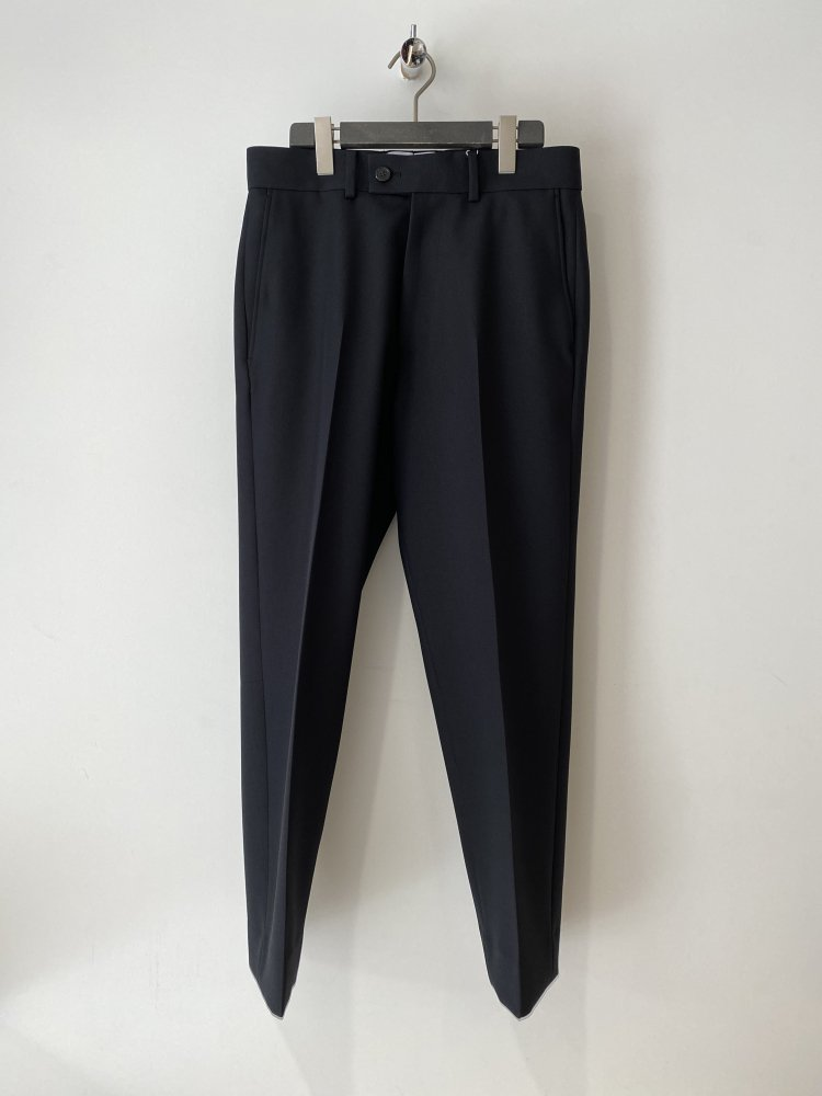ALLEGE<br />Ankle Slacks / BLACK