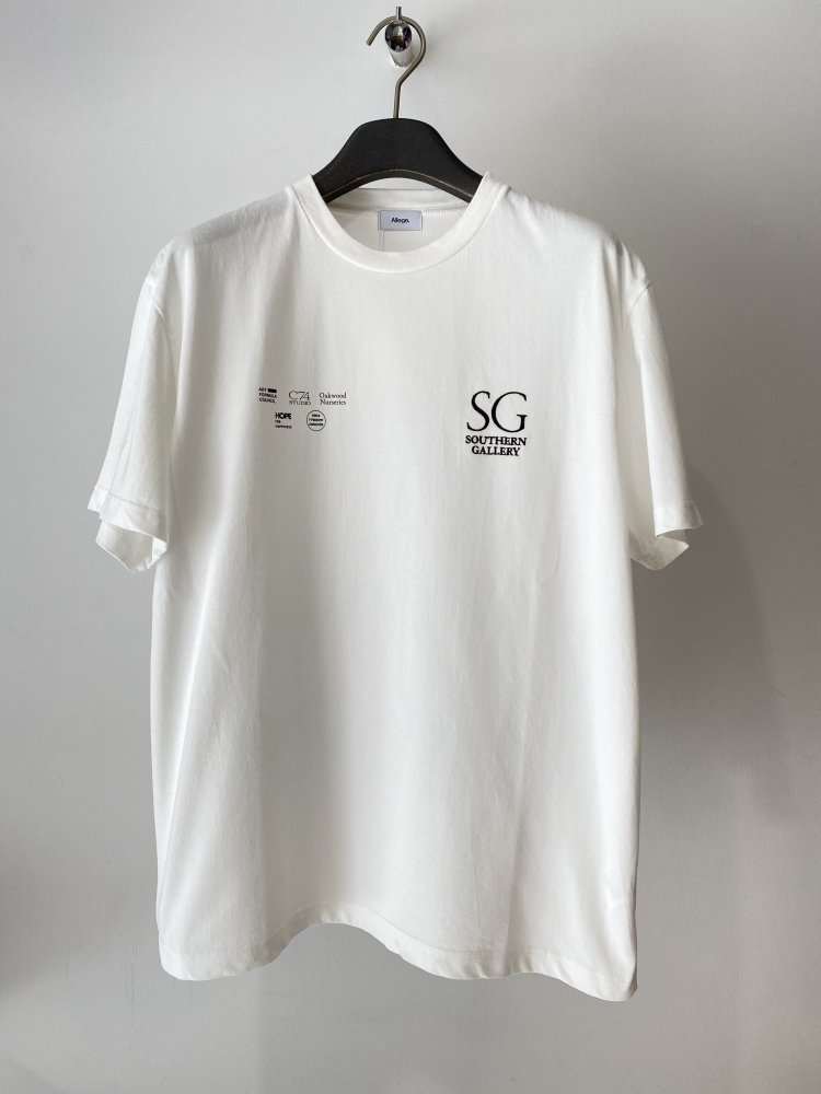 ALLEGE<br />Southern Gallery Tee / WHITE <img class='new_mark_img2' src='https://img.shop-pro.jp/img/new/icons14.gif' style='border:none;display:inline;margin:0px;padding:0px;width:auto;' />