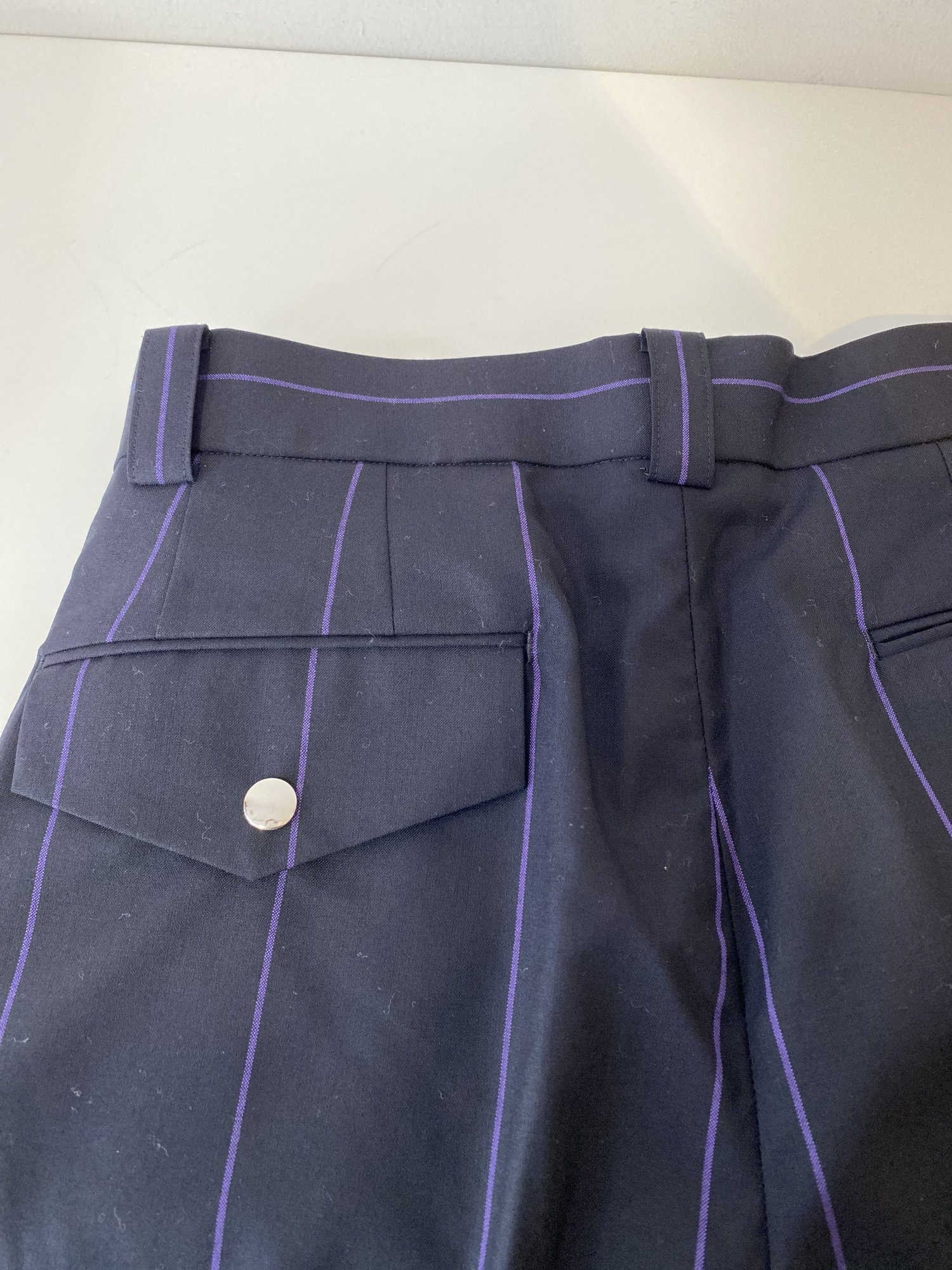 LITTLEBIG<br />Stripe Short Trousers / Navy <img class='new_mark_img2' src='https://img.shop-pro.jp/img/new/icons14.gif' style='border:none;display:inline;margin:0px;padding:0px;width:auto;' />