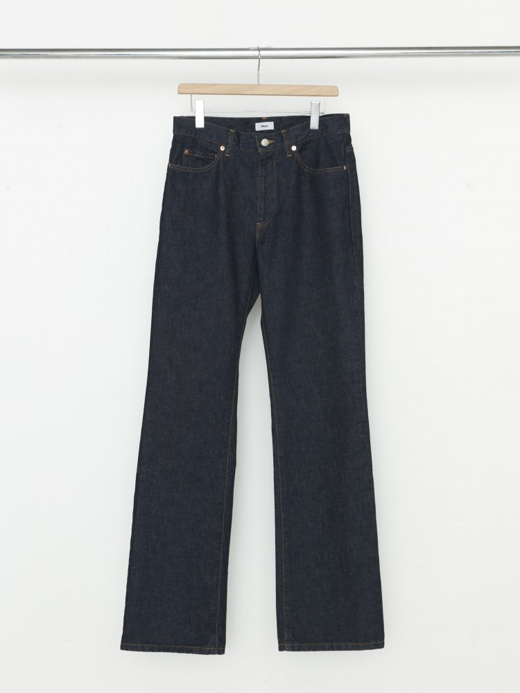 ALLEGE<br />Semi Flare One Wash Denim PT / BLUE<img class='new_mark_img2' src='https://img.shop-pro.jp/img/new/icons47.gif' style='border:none;display:inline;margin:0px;padding:0px;width:auto;' />