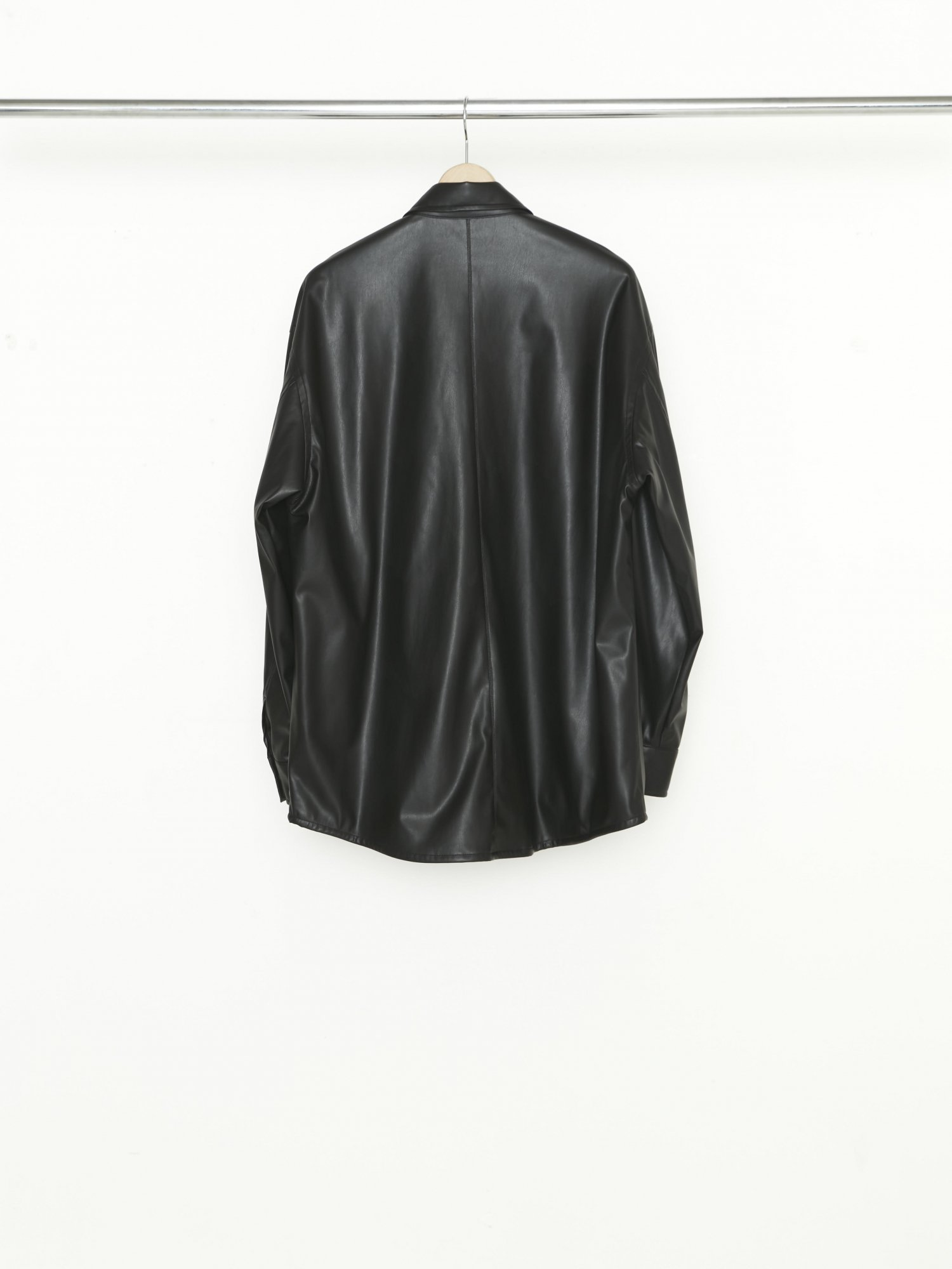 ALLEGE<br />Synthetic Leather Shirt / BLACK<img class='new_mark_img2' src='https://img.shop-pro.jp/img/new/icons14.gif' style='border:none;display:inline;margin:0px;padding:0px;width:auto;' />