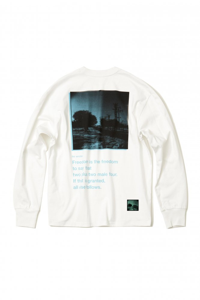 soe<br />L/S Tee Kangal Photographs by Yu Inohara 2 / WHITE<img class='new_mark_img2' src='https://img.shop-pro.jp/img/new/icons47.gif' style='border:none;display:inline;margin:0px;padding:0px;width:auto;' />