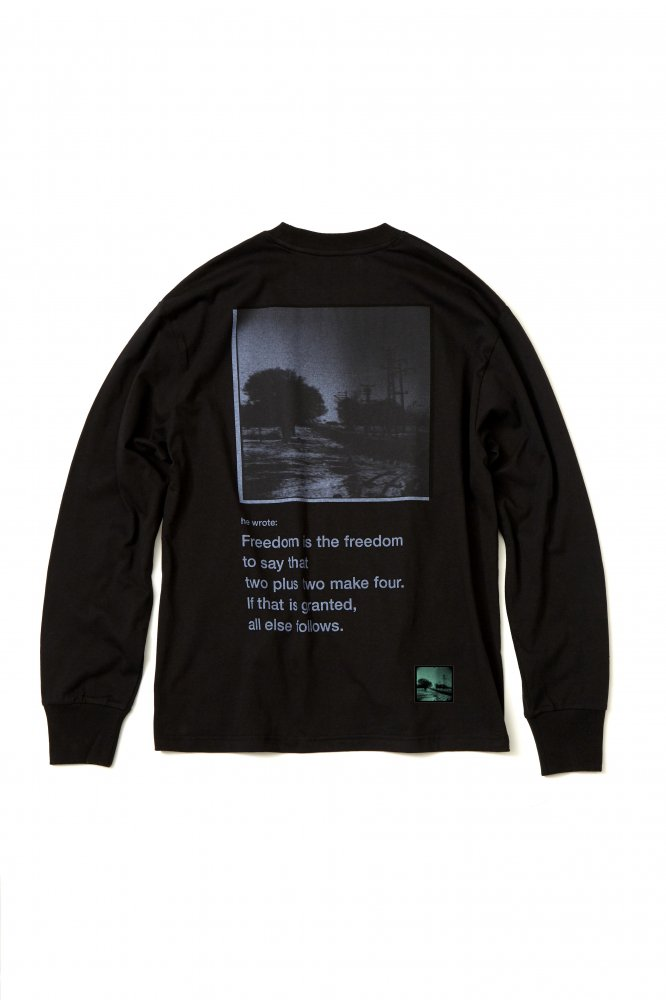 soe<br />L/S Tee Kangal Photographs by Yu Inohara 2 / BLACK<img class='new_mark_img2' src='https://img.shop-pro.jp/img/new/icons14.gif' style='border:none;display:inline;margin:0px;padding:0px;width:auto;' />