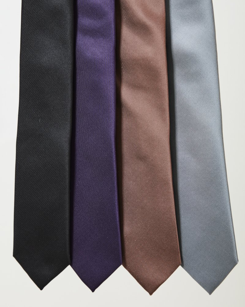 LITTLEBIG<br />Silk Tie / Black<img class='new_mark_img2' src='https://img.shop-pro.jp/img/new/icons14.gif' style='border:none;display:inline;margin:0px;padding:0px;width:auto;' />