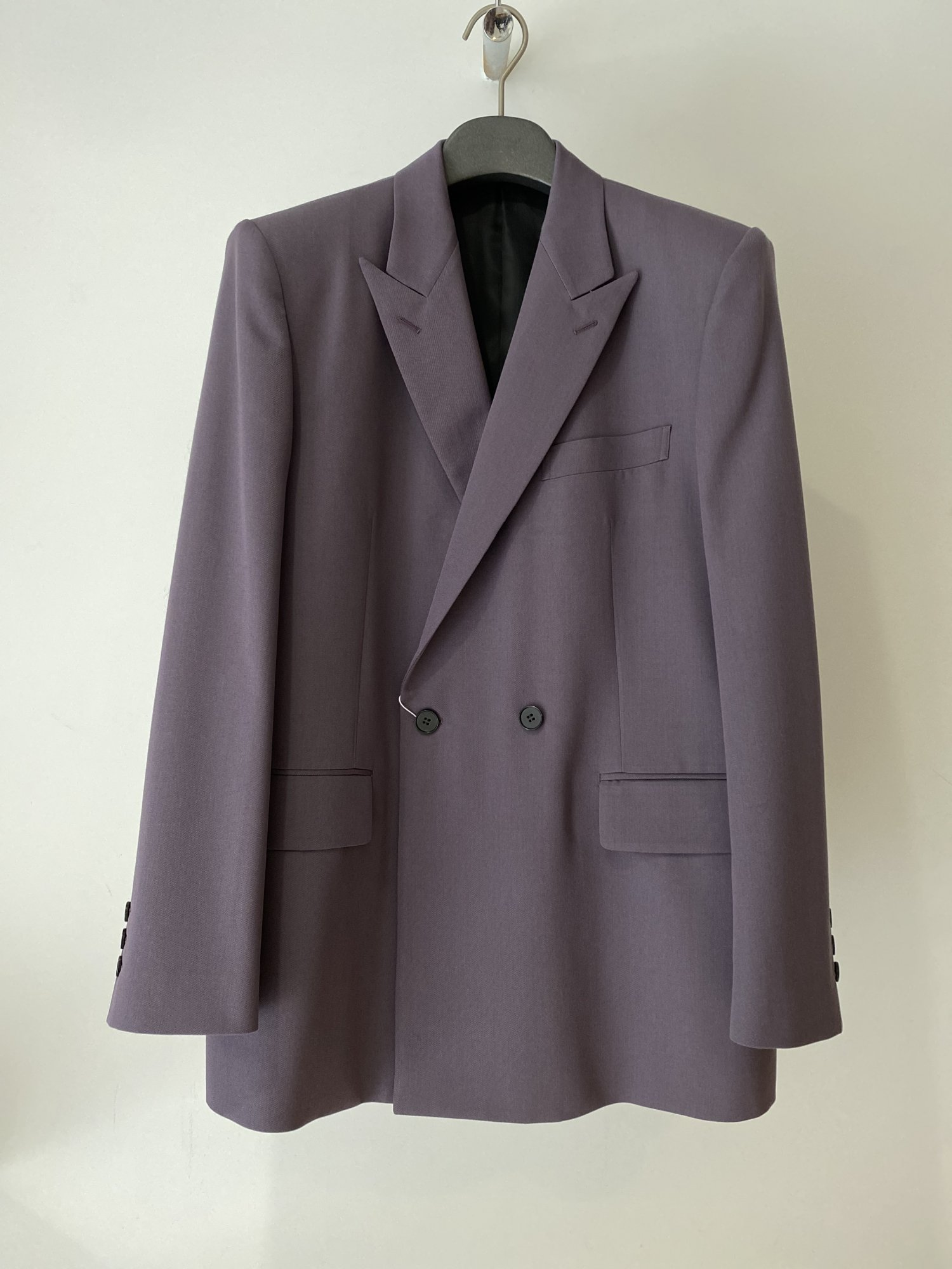 LITTLEBIG<br />2B Double Breasted Jacket  & Tucked Tapered Trousers  SET / Purple<img class='new_mark_img2' src='https://img.shop-pro.jp/img/new/icons14.gif' style='border:none;display:inline;margin:0px;padding:0px;width:auto;' />