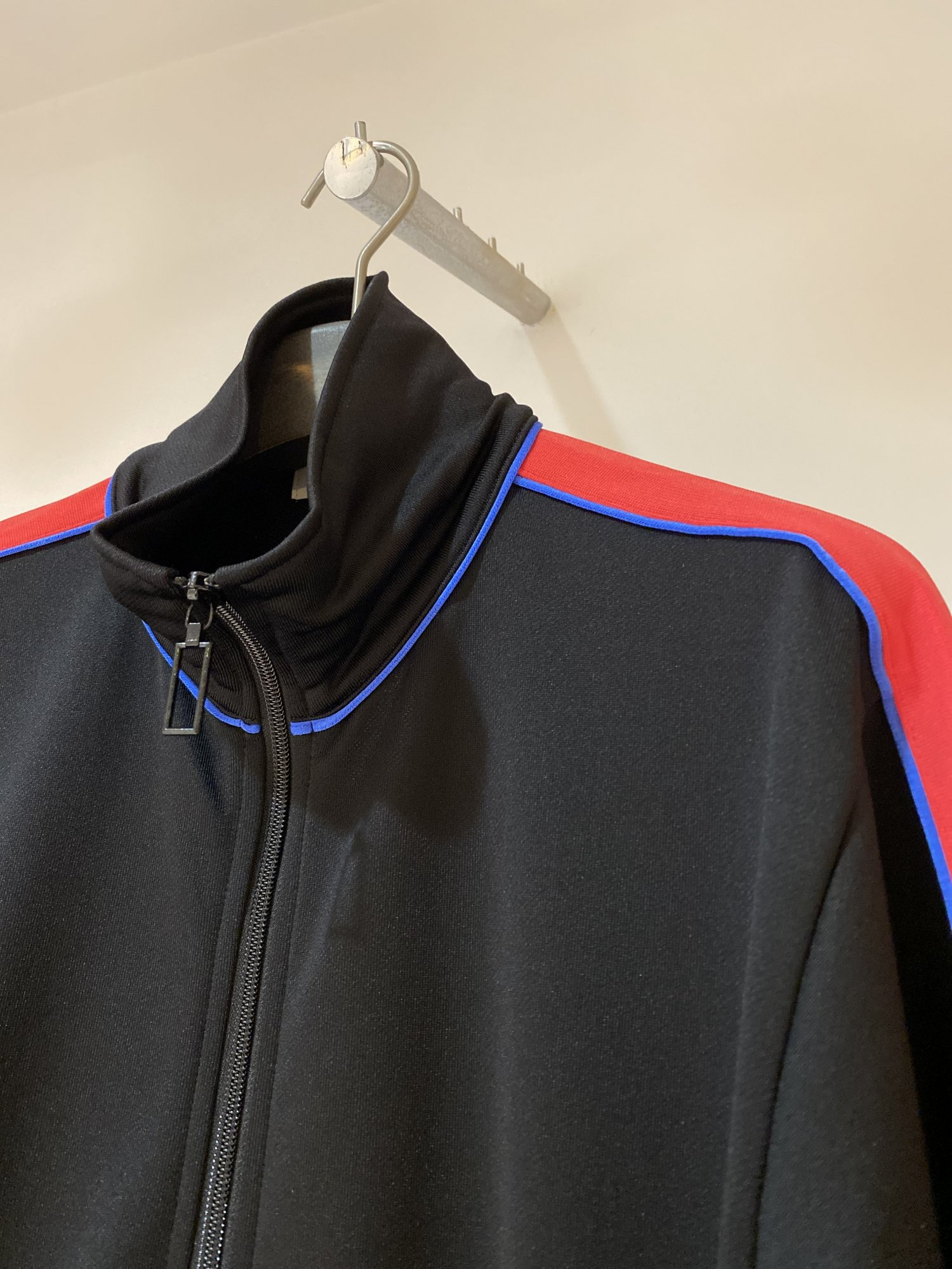 LITTLEBIG<br />Track Top / Black<img class='new_mark_img2' src='https://img.shop-pro.jp/img/new/icons14.gif' style='border:none;display:inline;margin:0px;padding:0px;width:auto;' />