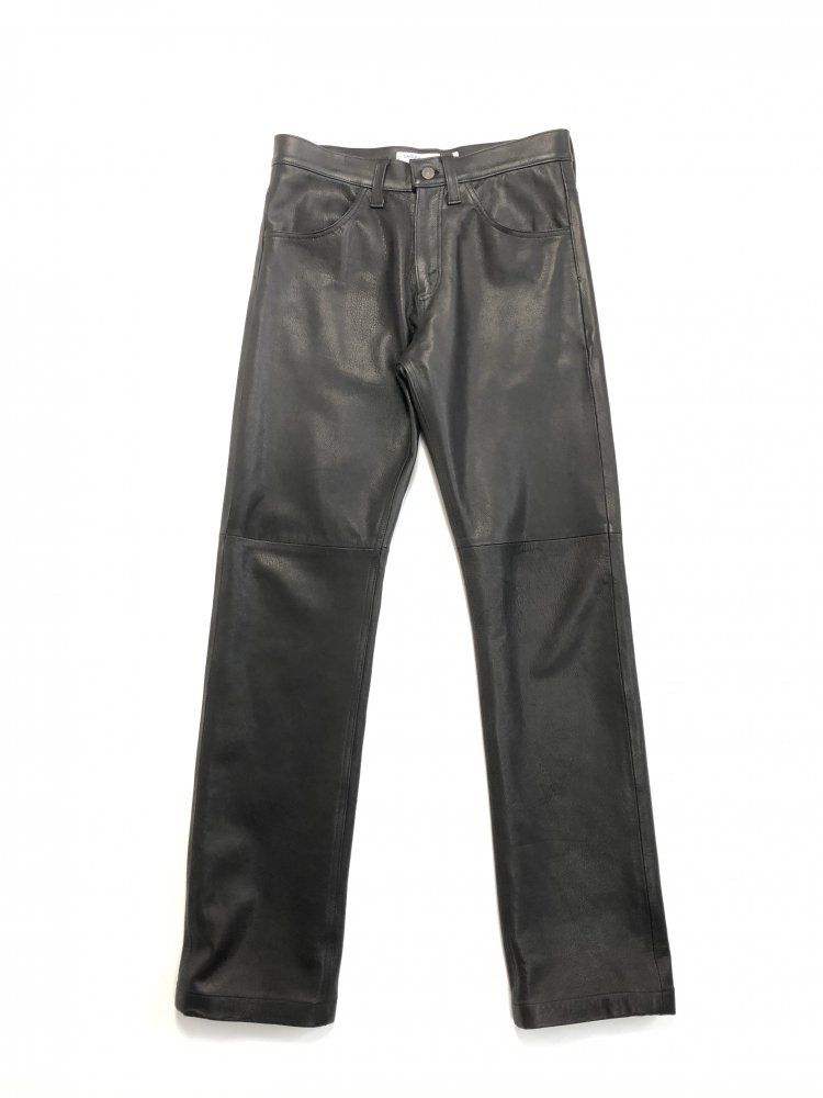 DAIRIKU<br />Darry Leather Pants / Black<img class='new_mark_img2' src='https://img.shop-pro.jp/img/new/icons47.gif' style='border:none;display:inline;margin:0px;padding:0px;width:auto;' />
