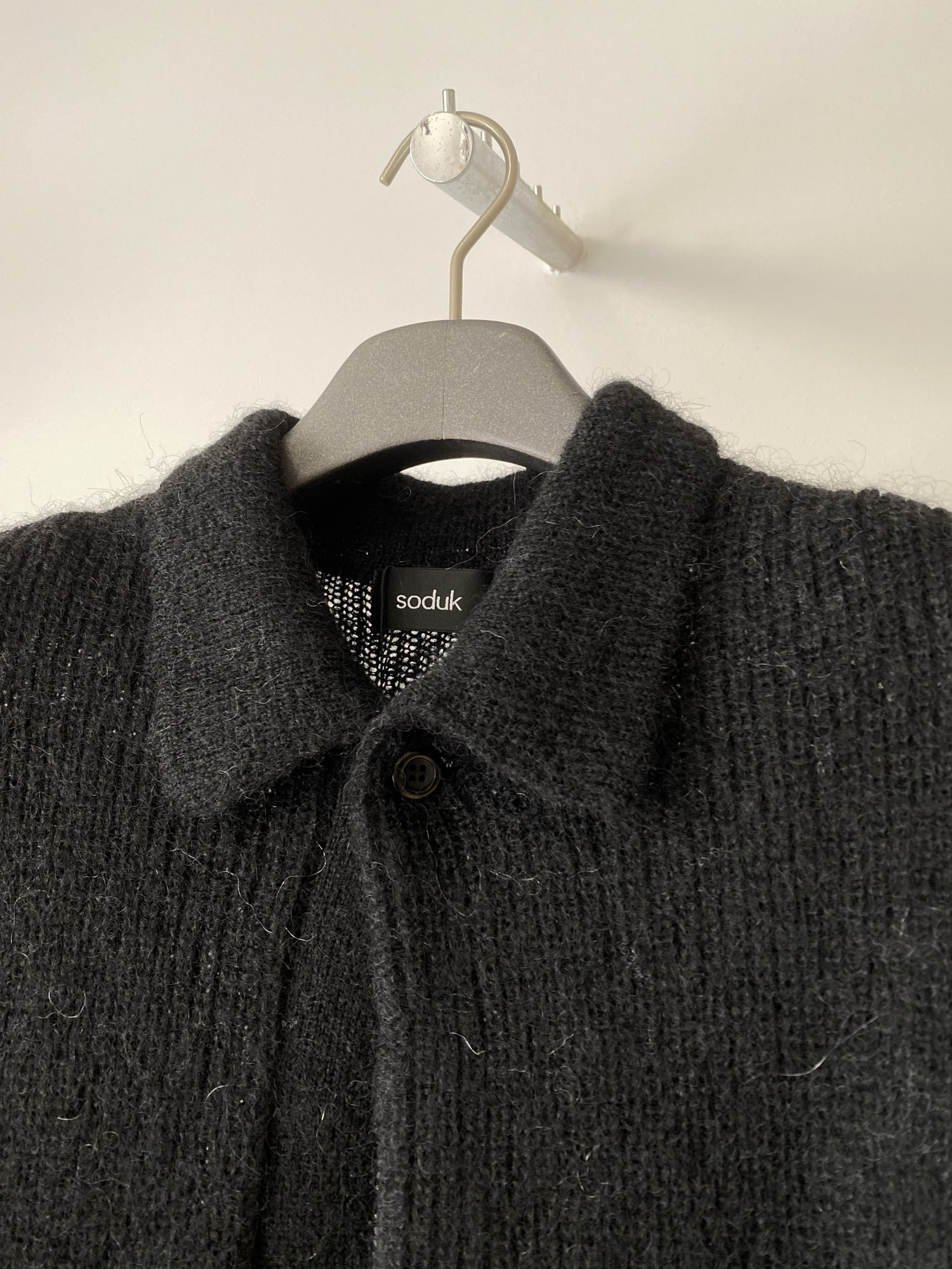 soduk<br />drawing knit / black<img class='new_mark_img2' src='https://img.shop-pro.jp/img/new/icons14.gif' style='border:none;display:inline;margin:0px;padding:0px;width:auto;' />
