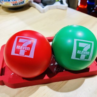 USA 7-ELEVEN COLOR BALL セブンイレブン ボール 赤&緑 輸入雑貨/海外雑貨/直輸入/アメリカ雑貨