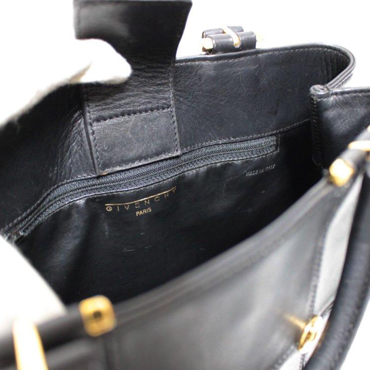 GIVENCHY ジバンシー ヴィンテージ<br>ロゴスタッズ金具レザーハンドバッグ