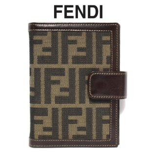 <img class='new_mark_img1' src='https://img.shop-pro.jp/img/new/icons14.gif' style='border:none;display:inline;margin:0px;padding:0px;width:auto;' />FENDI フェンディ ヴィンテージ<br>ズッカ柄 6穴手帳カバー
