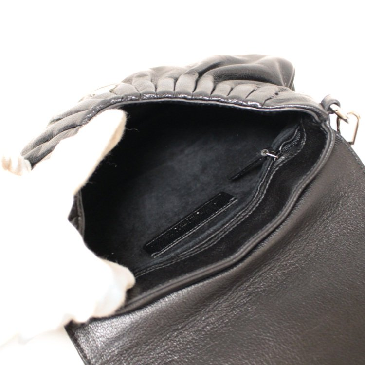YSL イヴサンローラン ヴィンテージ<br>リップモチーフレザーハンドバッグ
