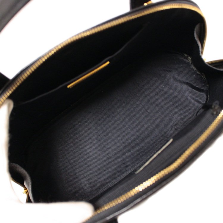 VALENTINO ヴァレンティノ ヴィンテージ<br>ロゴ金具レザーハンドバッグ