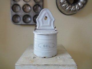 BB社 アンティークホーロー SEL(セル)缶