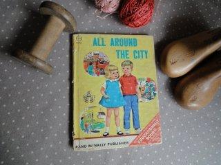 ヴィンテージ絵本(ALL AROUND THE CITY)