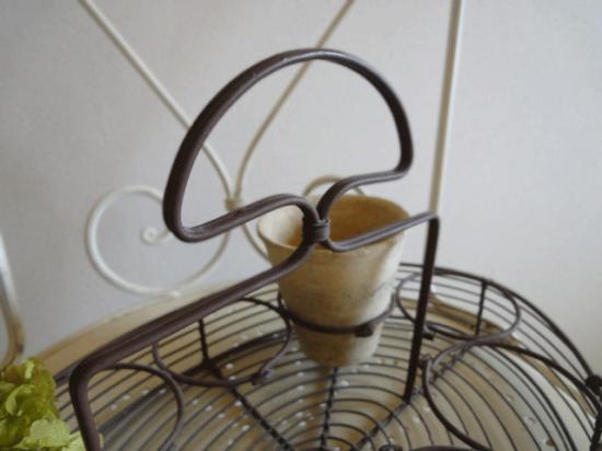 イギリス ワイヤーボトルキャリー(植木鉢付)