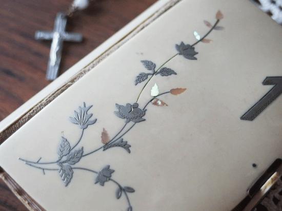 フランスアンティーク セルロイド製の祈祷書